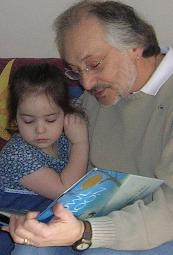 Daddy reads to me every day.